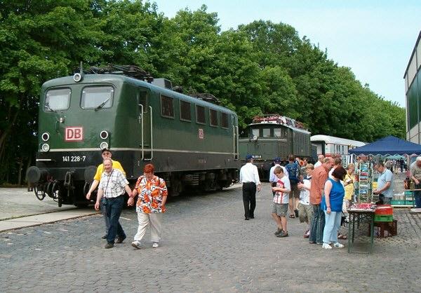 Lok der BR 141 beim Bahnfest in Korbach